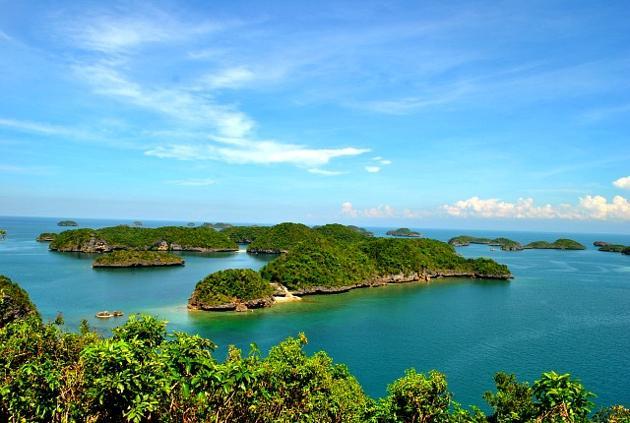 Hundred-Islands