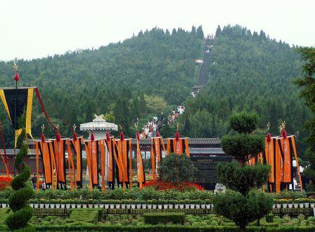 Tomb_of_Emperor_Qin_Shi_Huang